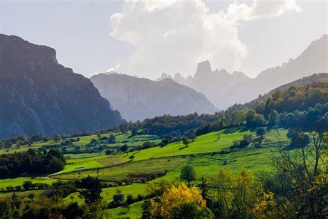 Le Parc national des Picos de Europa   Casonas Asturianas