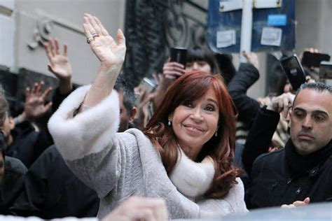 Leftist Atop Argentina Race Moves From Kirchner's Shadow ...
