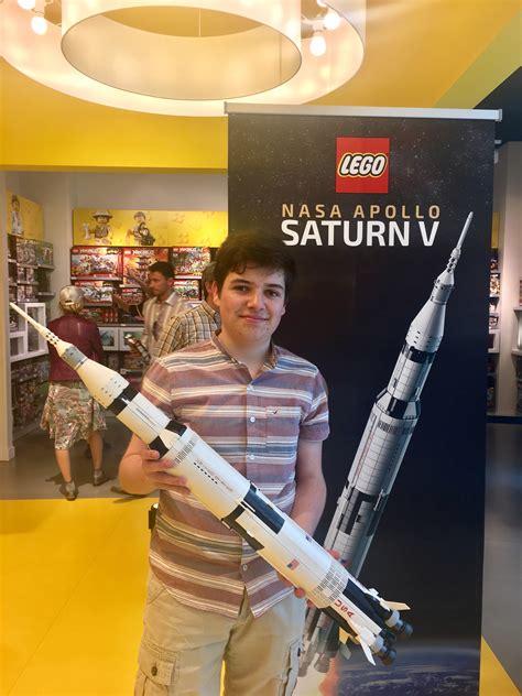 LEGO IDEAS   Blog   LEGO 21309 Apollo Saturn V ...