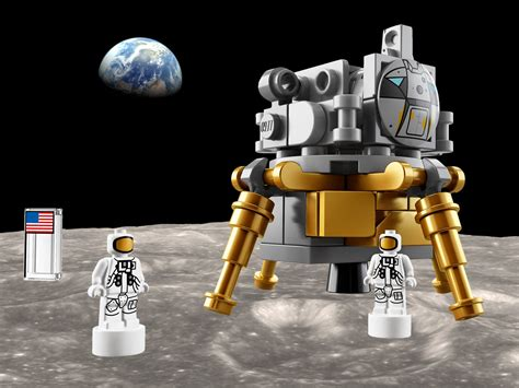 Lego just launched a giant Apollo Saturn V moon rocket set ...
