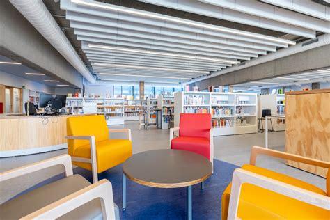 Les biblioteques de les Franqueses obren les sales ...