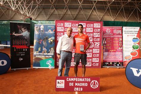 Lidia Moreno y Dani Muñoz de la Nava, campeones de Madrid ...