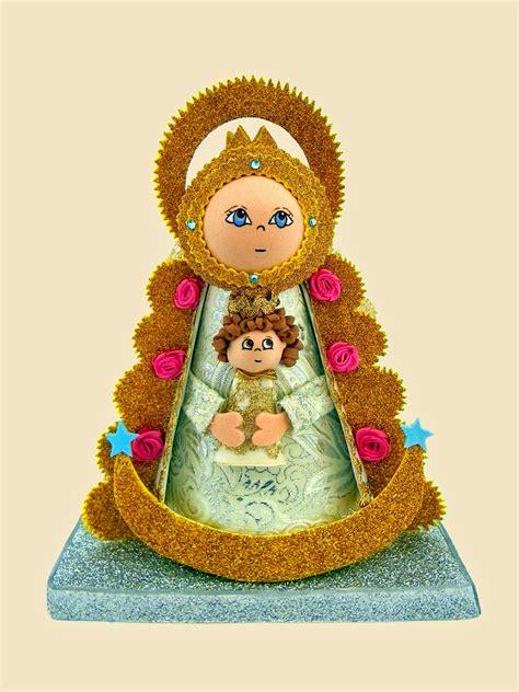 Lili Py Creaciones: · Fofucha Virgen del Rocío