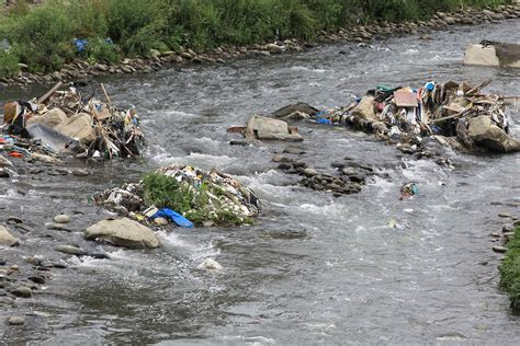 Lima, ¿un gran basurero?   Latilde