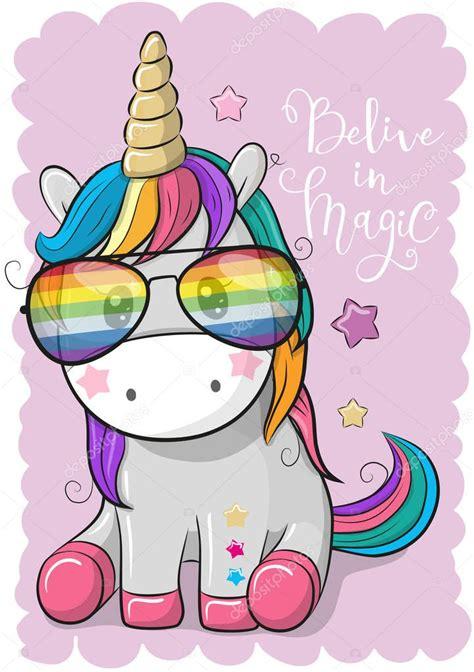 Lindo unicornio con gafas de sol — Archivo Imágenes ...