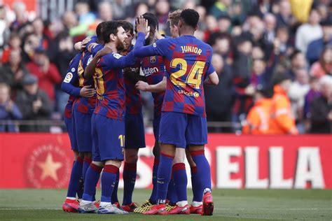 Lionel Messi, Antoine Griezmann, Junior Firpo   Lionel ...