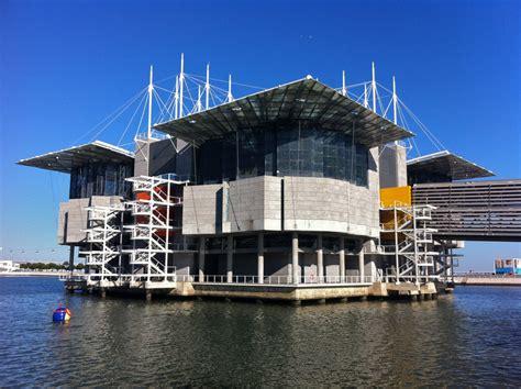 "Lisbon's ""Oceanário""  Ocean's Aquarium  is the 2nd Best of ..."