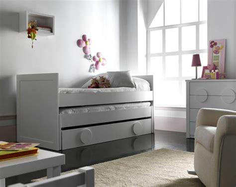 Literas y camas nido de Takata. Dormitorio para dos ...