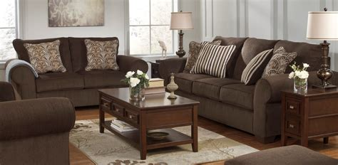 Living Room: Set Up Your Romantic Living Room Design With ...