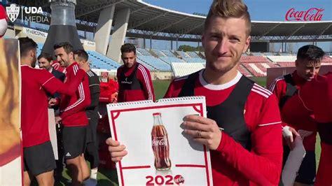 Llegó el calendario Coca Cola 2020    YouTube