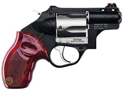 Llevar un arma de fuego en otros países con los | legal