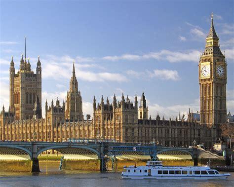 LONDON: Big Ben |The Garden of Eaden