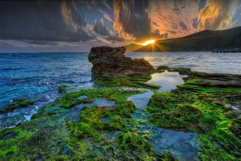 Lord Howe Island in Australia only allows 400 people to ...