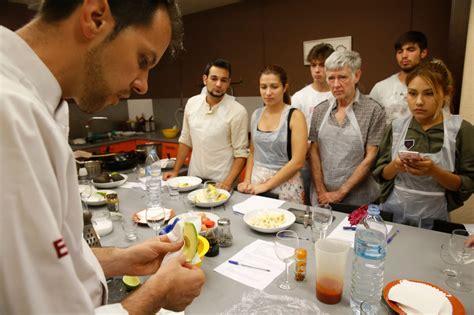 Los 10 mejores talleres de cocina de Barcelona
