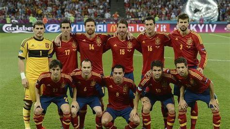 Los 11 jugadores españoles en la Final de Kiev   ABC.es