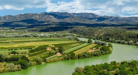 Los 5 embalses más grandes de la Cuenca del Ebro | iAgua