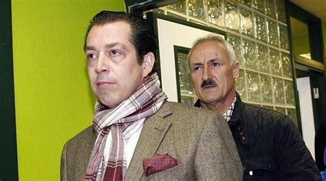 Los consejeros compran las acciones de Dumviro a 1 euro ...