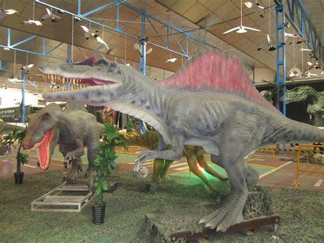 Los dinosaurios llegan al Pabellón Ferial de Valdepeñas ...