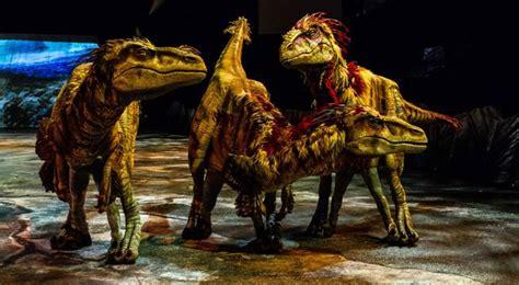 Los dinosaurios saltan de Madrid a Barcelona   Voy a Emigrar