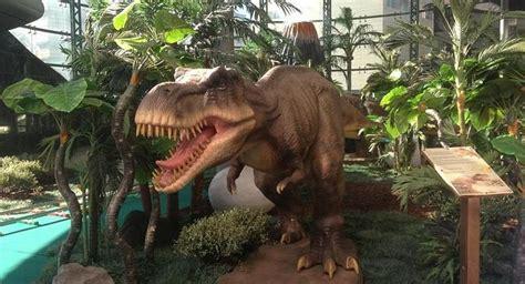 Los dinosaurios se instalan en El Corte Inglés. Las Provincias