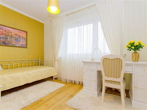 Los efectos del color amarillo en interiores y su ...