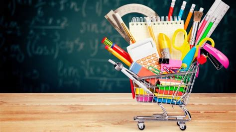 Los gastos ocasionados al inicio del curso escolar son ...