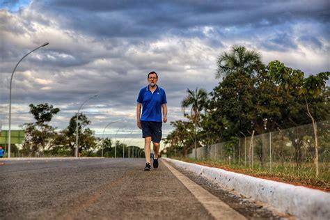 Los memes de Rajoy caminando rápido por Brasil
