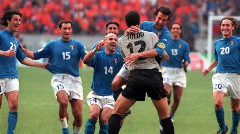 Los penaltis meten a Italia en la final de la EURO 2000 ...
