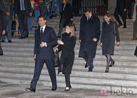 Los Príncipes de Asturias, Mariano Rajoy y Elvira ...