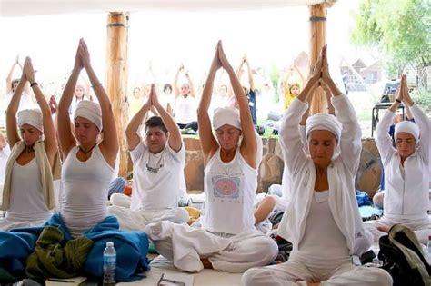 Los significados de los MANTRAS: Sat Nam, Wahe Guru ...