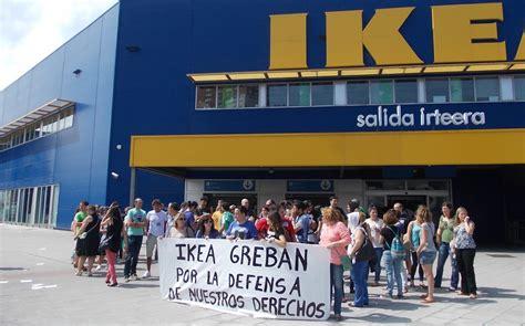 Los trabajadores de Ikea se manifiestan y paran 24 horas ...