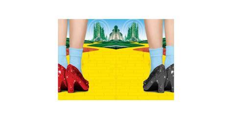 Los zapatos rojos de El Mago de Oz | Editorial TintaMala