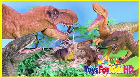 Luchas de Dinosaurios T Rex v/s Velociraptor   Juguetes de ...