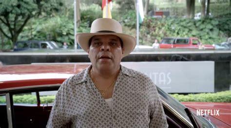 Luis guzman as infamous colombian drug lord,  el mexicano ...