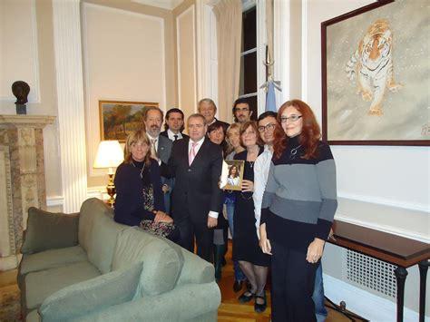 LUIS ILARREGUI: Encuentro con residentes argentinos en los ...