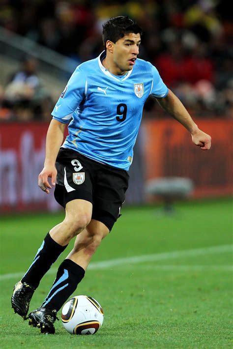 Luis Suarez Photos Photos   Uruguay v Ghana: 2010 FIFA ...