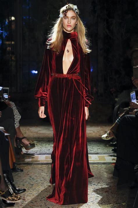 Luisa Beccaria Fall 2017 Ready to Wear Fashion Show en ...