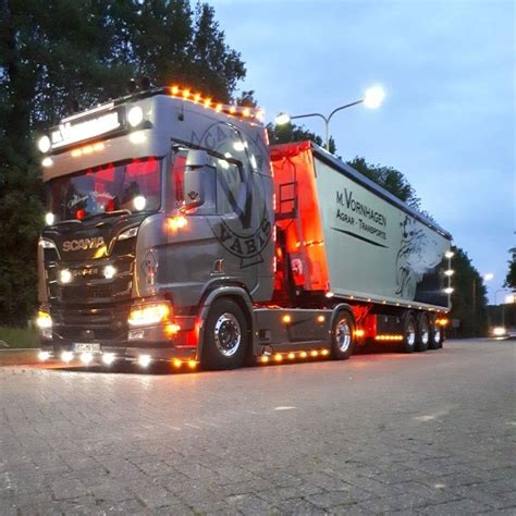 M.Vornhagen Agrar Transporte   Startseite   Facebook
