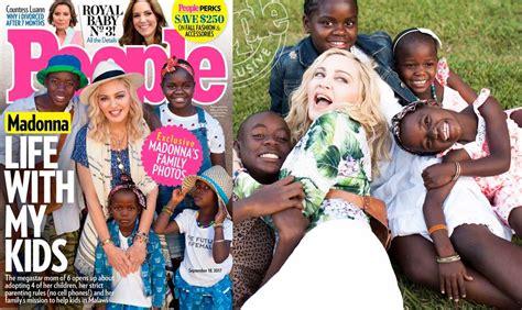 Madonna posa con sus hijos en la portada de People   aMENzing