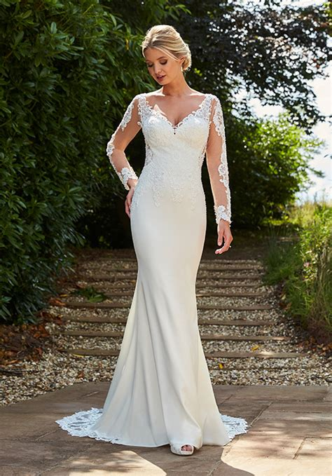 Madonna Wedding Dress from Romantica   hitched.co.uk