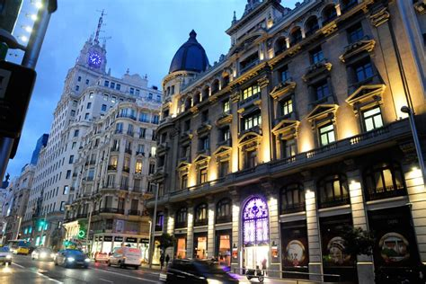 Madrid by Night and Casino Gran Vía with drink