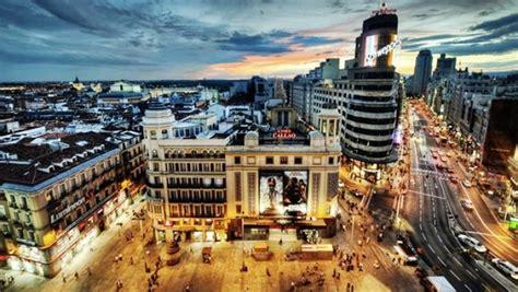 Madrid es la ciudad española con más usuarios de Facebook