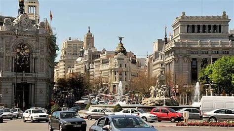 Madrid poised to restrict cars in city centre amid air ...