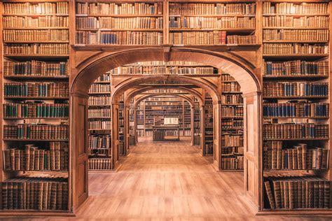 Magic library   Oberlausitzische Bibliothek der Wissenscha ...