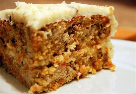 Magnolia Bakery s Carrot Cake w/ Cream Cheese Frosting ...