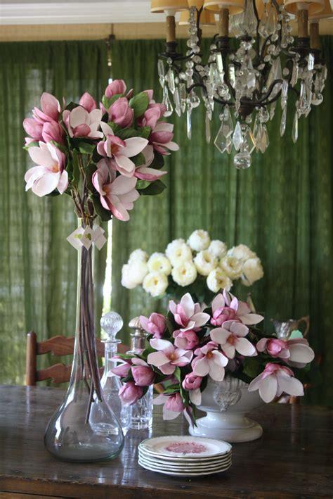 Magnolios artificiales | Arreglos florales, Flores ...