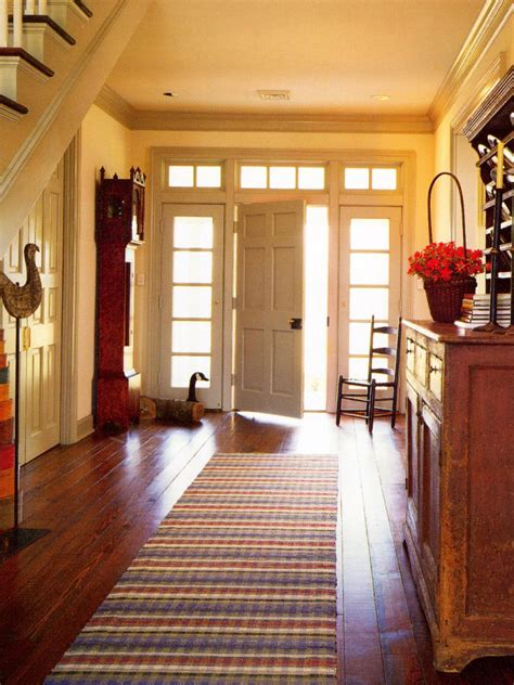 Make the Most of Your Foyer | HGTV