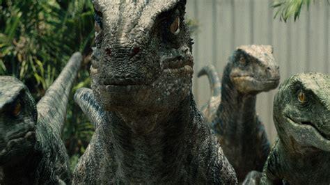 Making Raptor Sound | Jurassic World