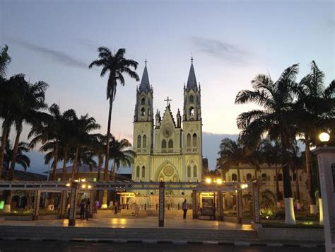Malabo, Equatorial Guinea, West Africa | Love 2 Fly