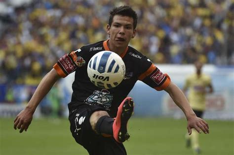 Manchester United scout Hirving Lozano as Mexican starlet ...
